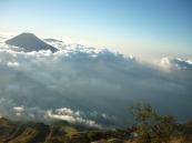 Lautan Awan Gunung SIndoro